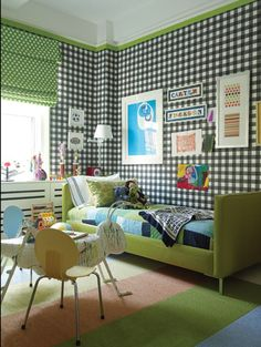checkered wallpaper in the boys room