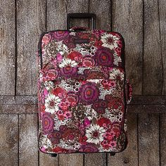 Bon voyage! If she loves to travel, she'll love this gift. || Large Foldable Roller Luggage