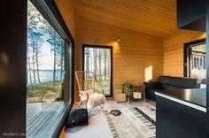 Modern Cabin in Finland Small House Design, Cottage Design, Modern House Design, Modern Bungalow, Modern Cottage, Home Building Design, Building A House, Cabin Interiors, Tiny House Cabin