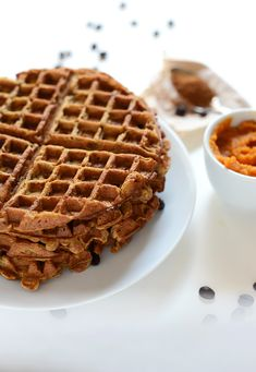 Fall into breakfast with these Pumpkin Spice Latte Waffles. Yum, yum, and yum.