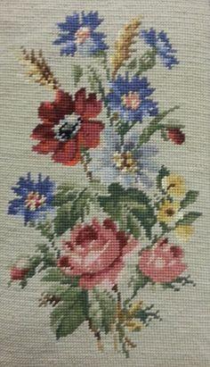 Cross Stitch Rose, Cross Stitch Flowers, Bead Loom Patterns, Weaving Patterns, Ribbon Embroidery, Cross Stitch Embroidery, Cross Stitch Designs, Cross Stitch Patterns, Swedish Weaving