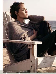 Angelina Jolie casual best outfits - Page 24 of 95 - Celebrity Style and Fas. - Angelina Jolie casual best outfits – Page 24 of 95 – Celebrity Style and Fashion Trends - Naha, Angelina Jolie Style, Angelina Jolie Photoshoot, Tent Photography, Celebrity Style Casual, Jolie Pitt, Chor, Brad Pitt, Portraits