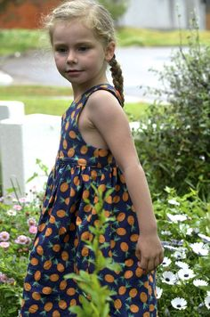 On Friday, Tadah! patterns launched their new pattern the Tea Party Dress. As part of the testing group I managed to eek out two dresses last week which is loadsfor me compared to some of the tale…