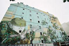 Mural Blu, Kamienica pod Żaglowcem, ul. Sienna 45, Warszawa, fot. dzięki uprzejmości Miesto / Mateusza Ściechowskiego