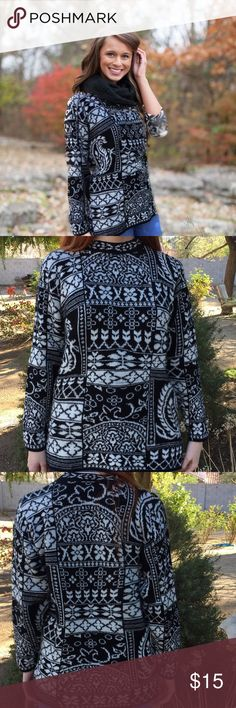 Vintage oversized mock neck sweater This is an gorgeous aztec print, super soft, black and white sweater. You are sure to stand out in this sweater, with it's very retro & classic style !  It is in good vintage condition! The fact that it is super soft and comfy is only a huge plus.   Fits like a women's Medium or large  ❤P.S Why buy Vintage?  Vintage is Unique:) Vintage is Eco Friendly:) Vintage is Inspirational:) Vintage is Quality:) Vintage is History:) Vintage is an Investment:) American…