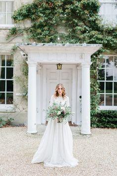 Timeless Romance at Northbrook Park Wedding inspiration | BLOVED Blog | Ilaria Petrucci Photography