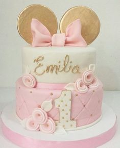 15 Ideas for party girl cake minnie mouse Bolo Minnie, Mickey Mouse Cake, Minnie Mouse Cake, Mickey Cakes, Minnie Mouse Birthday Decorations, Minnie Mouse First Birthday, Mickey Birthday, Baby Birthday Cakes, Birthday Cake Girls