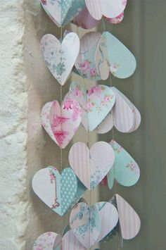 Birthday party garland of pastel paper hearts. Spring Wedding Decorations, Romantic Wedding Decor, Tea Party Decorations, Wedding Blush, Valentine Decorations, Chic Wedding, Party Garland, Garland Wedding, Birthday Garland