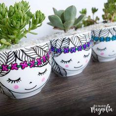 Painted Clay Pots, Painted Flower Pots, House Plants Decor, Plant Decor, Pottery Painting, Ceramic Painting, Flower Pot Design, Indoor Plant Pots, Decorative Planters