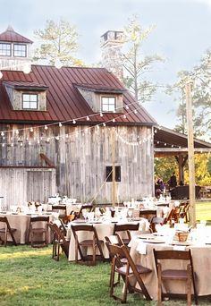rustic barn wedding reception - love the string Photos Ideas Perfect Wedding, Our Wedding, Dream Wedding, Wedding Country, Autumn Wedding, Country Barn Weddings, Summer Wedding, Wedding List, Countryside Wedding
