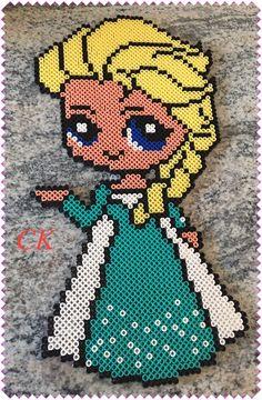 Elsa  Eiskönigin (Frozen) mit Bügelperlen