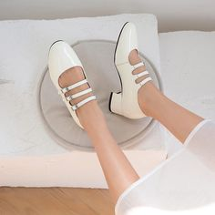 1908BLA48776 (2) Block Heel Loafers, Shoes Heels Pumps, Thick Heels, Toe Shape, Spring Fashion, Oxford Shoes, Womens Fashion, Wedding, Accessories