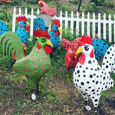 Cutest metal chickens at the local nursery! I'm inspired to make #lampwork #chicken beads.