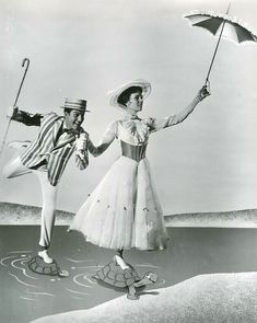 Julie Andrews Mary Poppins, Walt Disney Pictures, Press Photo, Detail, Amazon, Photos, Amazons, Pictures, Riding Habit