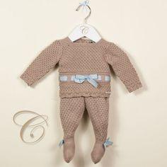 610849791 Conjunto Pili Carrera, compuesto por jersey de manga larga y polaina de  lana. Pertenece a la nueva colección de Otoño-Invierno 2012/2013.