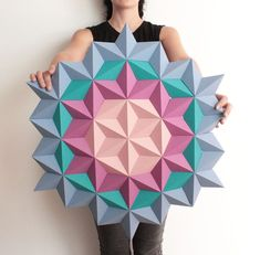 Kinga Kubowicz of KingKongDesignShop has created Moduuli, a collection of unique, modern and eye-catching geometric origami paper wall art. Origami Wall Art, Origami Paper, Origami Folding, Origami Dragon, Origami Butterfly, Butterfly Wall, Geometric Wall Art, Floral Wall Art, Geometric Wallpaper