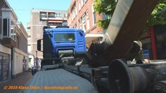The blue bastard  van #Oosterbeeksloopwerken in actie vandaag in #Keizerstraat! www.facebook.com/bouwbedrijfweblog … #DenHelder