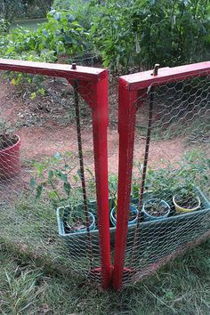 quick!  moveable fence!  instructables!