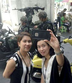 What the MEDIA swore wasn't a coup: The NPOMC has issued summons for 35 intellectuals and activists, calling on them to report to the army. The junta has set up a special unit to monitor social media. Bangkok Travel, Bangkok Thailand, Asia Travel, Travel Tips, Martial, Photo Galleries, Take That, Army, Politics