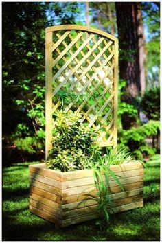 Today's lifestyle choice of outdoor living brings into play the need for many accessories both utilitarian and decorative. The Wooden Garden Arch looks good in the garden on it's own as well as when used as support for climbers. Rectangular Planters, Wooden Planters, Wooden Garden, Belle Plante, Outdoor Living, Outdoor Decor, Types Of Plants, Outdoor Projects, Flower Beds