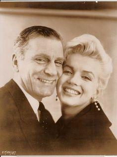 Marilyn Monroe & Sir Laurence Olivier 1957 ♥✿´¯`*•.¸¸✿♥✿´¯`*•.¸¸✿♥✿´¯`*•.¸¸✿♥✿´¯`*•.¸¸✿♥✿´¯`*•.¸¸✿