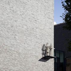 Raine's Foundation, London, UK - Sortierung Baltimore DF #hagemeister #clinker #brickarchitecture #brick #architecture #archilovers #iarchitectures #facade
