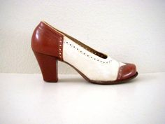 e51ff9eb258f Vintage 40s Brown and White Spectator Pumps Wing by OmAgainVintage