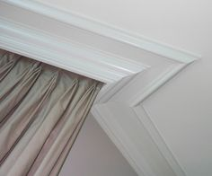 crown molding - large crown molding on the ceiling
