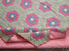 "Vintage 30s Cottage Green & Pink Grandmothers Flower Garden QUILT 83x73"" www.Vintageblessings.com"