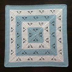 Radiating Dragonflies ThrowThis crochet pattern / tutorial is available for free...  Full Post:Radiating Dragonflies Throw