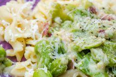 Kysané zelí - Spicy Crumbs Hummus, Potato Salad, Spicy, Potatoes, Ethnic Recipes, Food, Potato, Essen, Meals