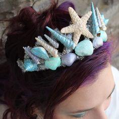 15 DIY Seashell Crafts for Kids | Transform a Dollar Store Tiara into a Swanky Mermaid Crown | DIY Beach Bedroom Decor Ideas | Beach Wedding Decor Ideas