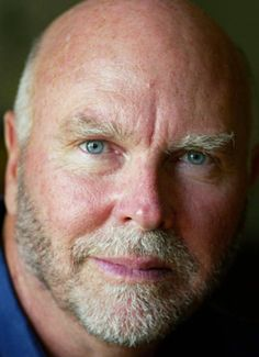 Craig Venter https://twitter.com/jcventer?lang=en •J Craig Venter Institute http://www.jcvi.org/cms/home/ •Health Nucleus [Genome Clinic] https://www.healthnucleus.com/ •Synthetic Genomics https://www.syntheticgenomics.com/