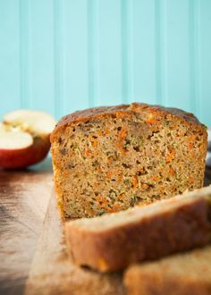 Zucchini Carrot Apple Bread has got to be one of my all-time favorite quick breads. Most zucchini breads are either really heavy and greasy, or they don't have enough zucchini in them to justify their name. This loaf has neither of those problems.
