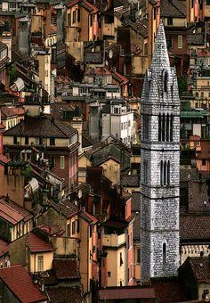 "Is it not amazing? It's such a beautiful prespective.  beconinriot:    Camillo diBì ()""Capricci: Verticlonazioni""Carrara Toscana, Italia"