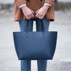 Classic tote in the color dark blue Italian Leather, Madewell, Totes, Ann, Tote Bag, Classic, Dark Blue, Shopping, Collection