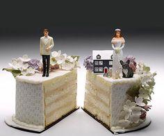 """Solo affitti Casa e divorzio: come gestire la casa assegnata.  Diritti e doveri in caso di casa assegnata per divorzio.  Chi divorzia adotta una massima di Leibniz: Non discutiamo più calcoliamo"""".Mario Postizzi.  Partiamo da questa massima per confermare che con la casa sicuramente gli ex coniugi si troveranno a dover fare i calcoli su chi rimane e chi dovrà fare le valige; calcoli su chi dovrà pagare le tasse: quali e in quale misura. Insomma che una separazione lasci strascichi lo sapevamo…"""
