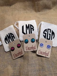 Monogram Acrylic Earrings by UncorkedbyBethAnn on Etsy Monogram Box, Monogram Jewelry, Monogram Gifts, Monogram Keychain, Coaster, Unicorn Mom, Vinyl Gifts, Silhouette Cameo Projects, Vinyl Projects