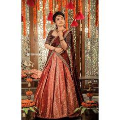Looking for the best custom made sarees online? Lehenga Choli Wedding, Lehenga Saree Design, Half Saree Lehenga, Lehnga Dress, Indian Lehenga, Saree Look, Lehenga Designs, Half Saree Designs, Bridal Blouse Designs
