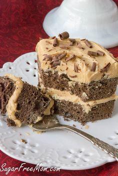 Chocolate Peanut Butter Mug Cake (4.1 Net Carbs)