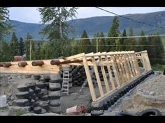 Family of 5 blog the journey of their Earthship build in Darfield, B.C., Canada http://www.darfieldearthship.com Did you know Valhalla is building and off grid school?! www.valhallamovement.com/slc