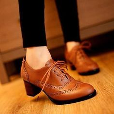 Womens ladies Retro Brogue wing Lace Up Low Thick Heel Oxfords dress Shoes pumps
