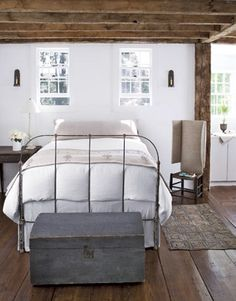 Country Decor Bedroom (with iron bed)