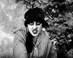 Les Vampires (1915)....is that 'the vampires' or...vampire girls who like to bite other vampire girls?