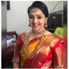 Wedding Saree Blouse Designs, Pattu Saree Blouse Designs, Bridal Silk Saree, Saree Wedding, Fancy Sarees Party Wear, Wedding Saree Collection, Stylish Blouse Design, Indian Bridal Outfits, Indian Beauty