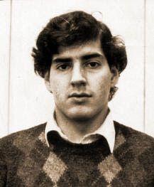 Comentarios: A 29 años del asesinato de Rodrigo Rojas De Negri. Joven quemado vivo por ejército chileno
