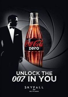 Very nice!  Em uma estação de trem, a Coca-Cola Zero, desafiou passageiros a ganharem ingressos para o novo filme de James Bond, Skyfall.  As pessoas tinham 70 segundos para atravessar a estação e desbloquear o 007 de seu interior!  Muito bacana!!! https://www.youtube.com/watch?feature=player_embedded=RDiZOnzajNU#!