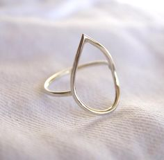 Teardrop ring water drop sterling silver wire ring dainty | Etsy Minimal Jewelry, Simple Jewelry, Jewelry Box, Jewellery, Simple Bracelets, Simple Earrings, Teardrop Ring, Heart Shaped Rings, Wire Rings