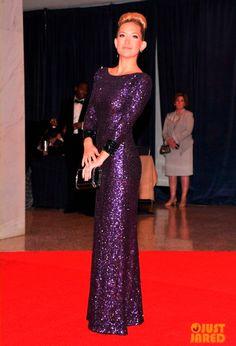 Simplesmente amei este vestido! A cara da riqueza!
