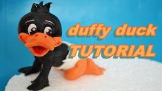 DUFFY DUCK CAKE TOPPER FONDANT TUTORIAL - BABY LOONEY TUNES TORTA PASTA ...